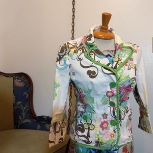 Fun Floral Blazer, 3/4 sleeve